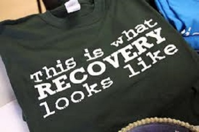 T-shirt inscribed with This is what RECOVERY looks like